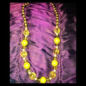 Jewelry - Vintage Sage Green & Amber Beaded Necklace